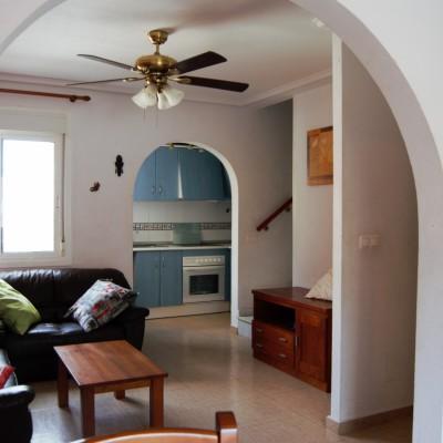 Dúplex de 4 dormitorios con vistas al mar en alquiler en Gran Alacant