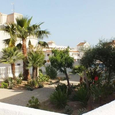 Apartamento con vistas al mar y piscina en Arenales del Sol