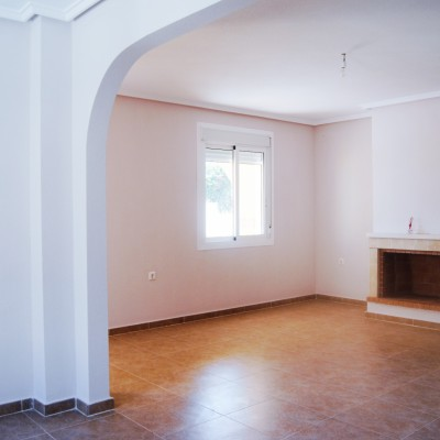 Detached villa with basement and garage in Montecid