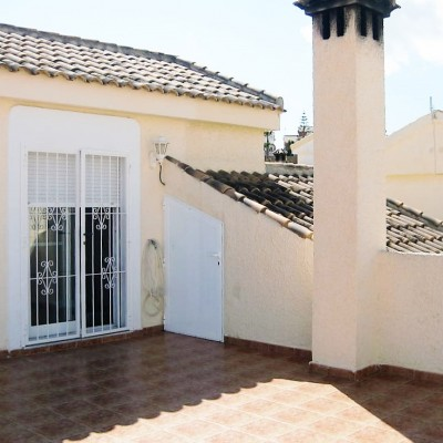 Detached villa with private pool in Gran Alacant
