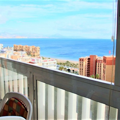 Apartamento vistas al mar a 200 m de la playa de Arenales del Sol
