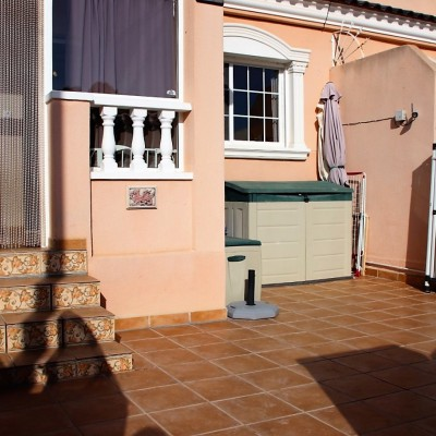 Duplex bungalow in exclusive location in Gran Alacant