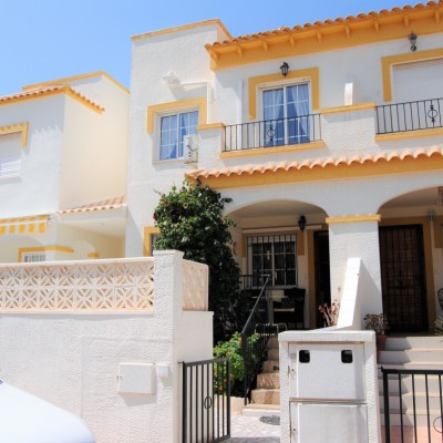 Duplex with 3 bedrooms and sea views in Gran Alacant
