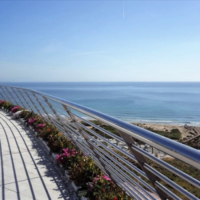 Luxury apartment 100 m from the beach in Arenales del Sol