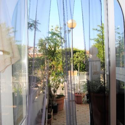 Bungalow en planta baja con terraza y jardín en Gran Alacant
