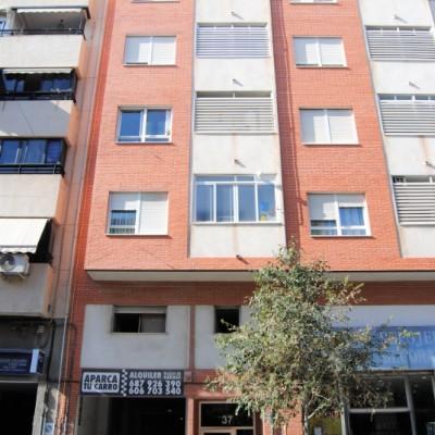 Penthouse à louer à Alicante 3 chambres 2 salles de bain et garage