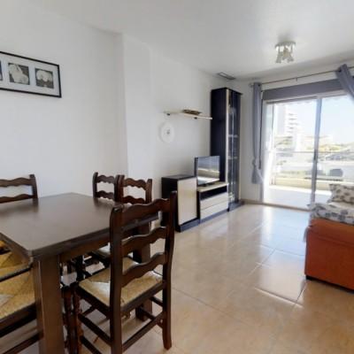 Apartamento con vistas al mar en Arenales del Sol