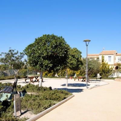 Bonito apartamento con piscina y parking en alquiler en Gran Alacant