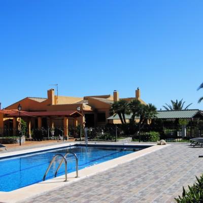 Chalet independiente reformado con piscina en Aspe