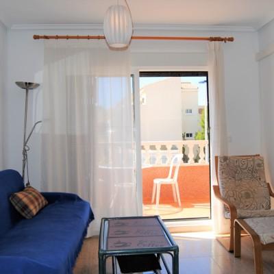 Apartamento esquina con piscina en alquiler L/T en Gran Alacant