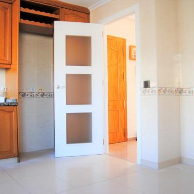 Apartamento 4 dorm. con piscina en Arenales a 250 m de la playa