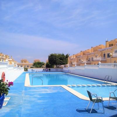 Bungalow con sótano y solárium en Gran Alacant