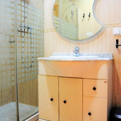 Piso en alquiler con 3 dormitorios y 2 baños en Torrellano