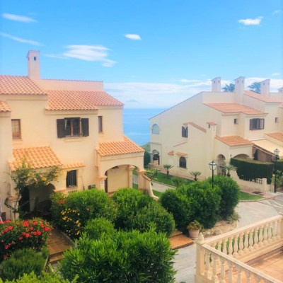 Renovated semi-detached house in Gran Alacant